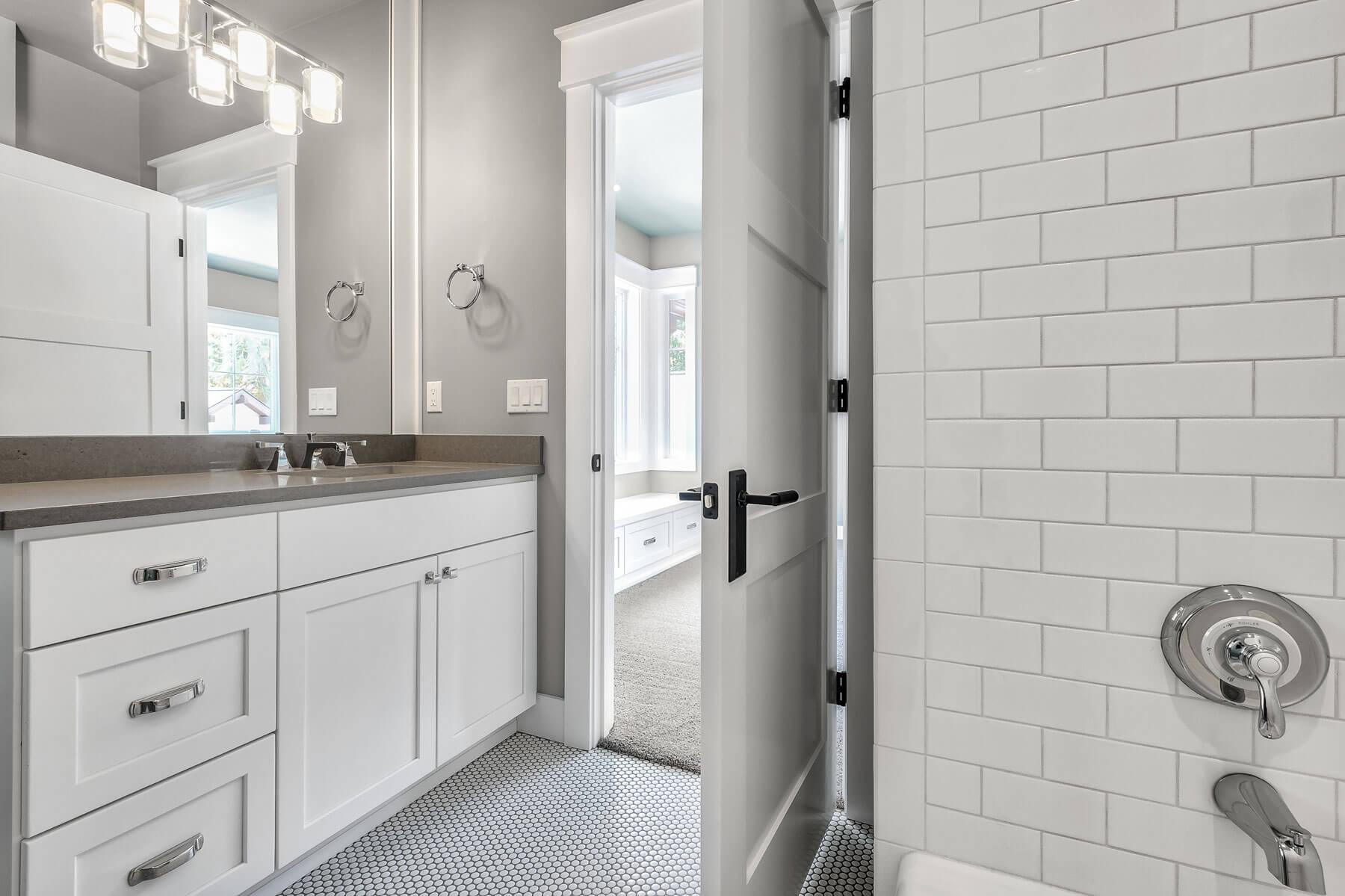ec-bathroom-2